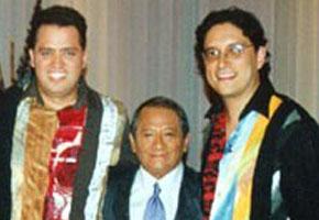Luis y José con Armando Manzanero