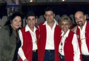 Sonia y José con los Hermanos Zavala